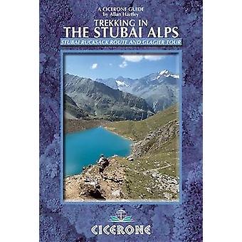 Trekking dans les Alpes de Stubai - marche du Stubai sac à dos Route et la