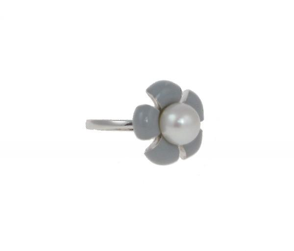 Cavendish French Sterling Silver and Grey Enamel Flower Ring