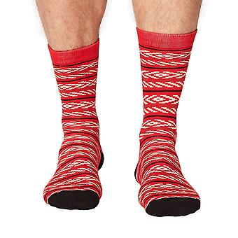 Adrian men's super-soft bamboo crew socks in crimson   By Thought