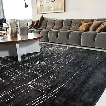 Rugs - White on Black - 8655