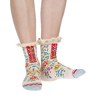 Broderie women's crazy cotton ankle socks in latte | By Fil de Jour