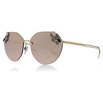 Bvlgari BV6099 20144Z lyserød / guld BV6099 runde solbriller linse kategori 3 linse spejlede størrelse 57mm