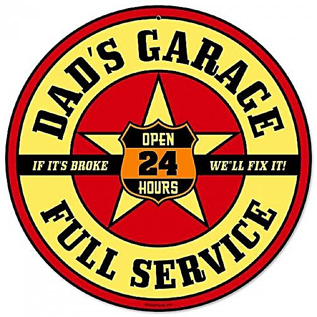 Dads Garage round metal sign  (pst 14)