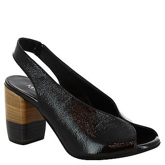Leonardo Shoes Women's handmade heeled sandals in black shiny calf leather