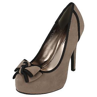Anne Michelle L2237 damer krängt domstolen sko