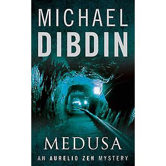 Medusa af Michael Dibdin - 9780571219858 bog