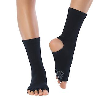 Knitido yoga flow. Toe socks for yoga, Pilates, and dance