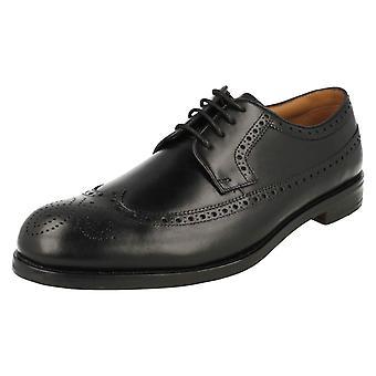 Mens Clarks formelle aksent stil lisse opp sko Coling grense
