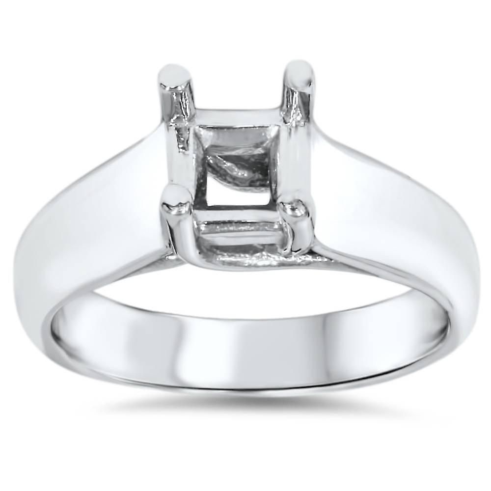 Solitaire Cathedral Ring 14K blanc or