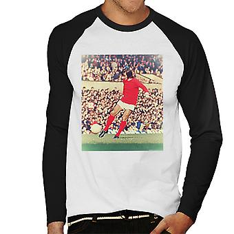 George Best Action For Manchester United October 1971 Men's Baseball Long Sleeved T-Shirt