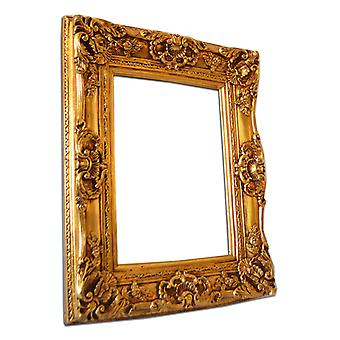 Frame in gold in Italy designs, interior dimensions 30 x 40 cm