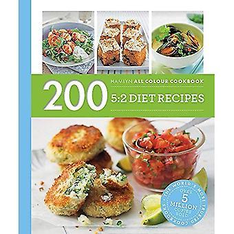 Hamlyn All färg Cookery: 200 5:2 Diet Recept: Hamlyn All färg kokbok - Hamlyn All färg Cookery